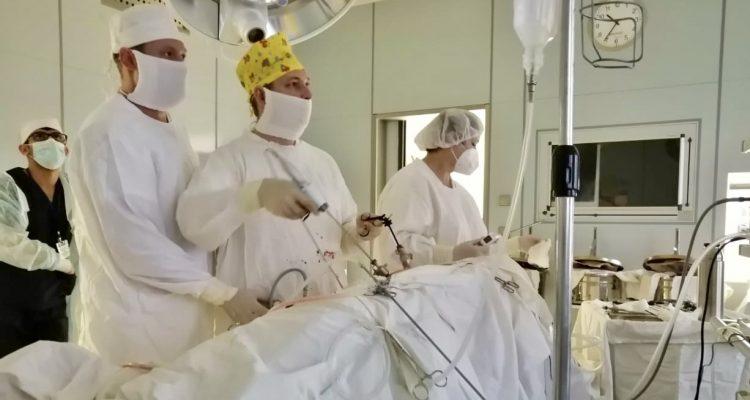 Сложные операции на почках проводят в урологическом отделении Александро-Мариинской больницы