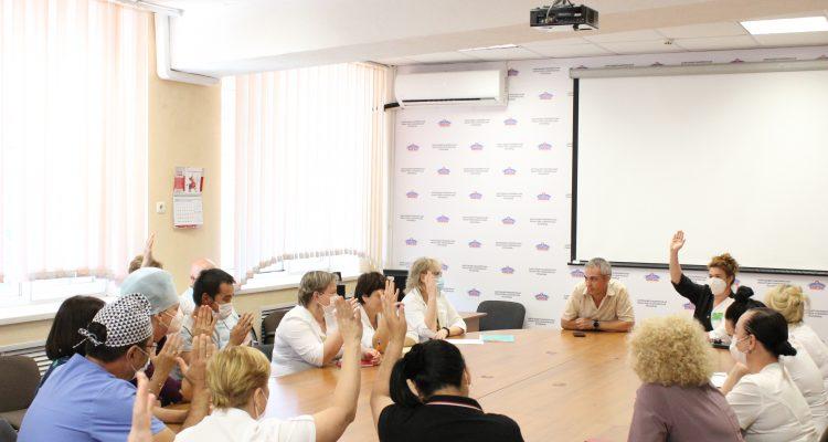 В АМОКБ председателем первичной профсоюзной организации избран Дмитрий Захаров